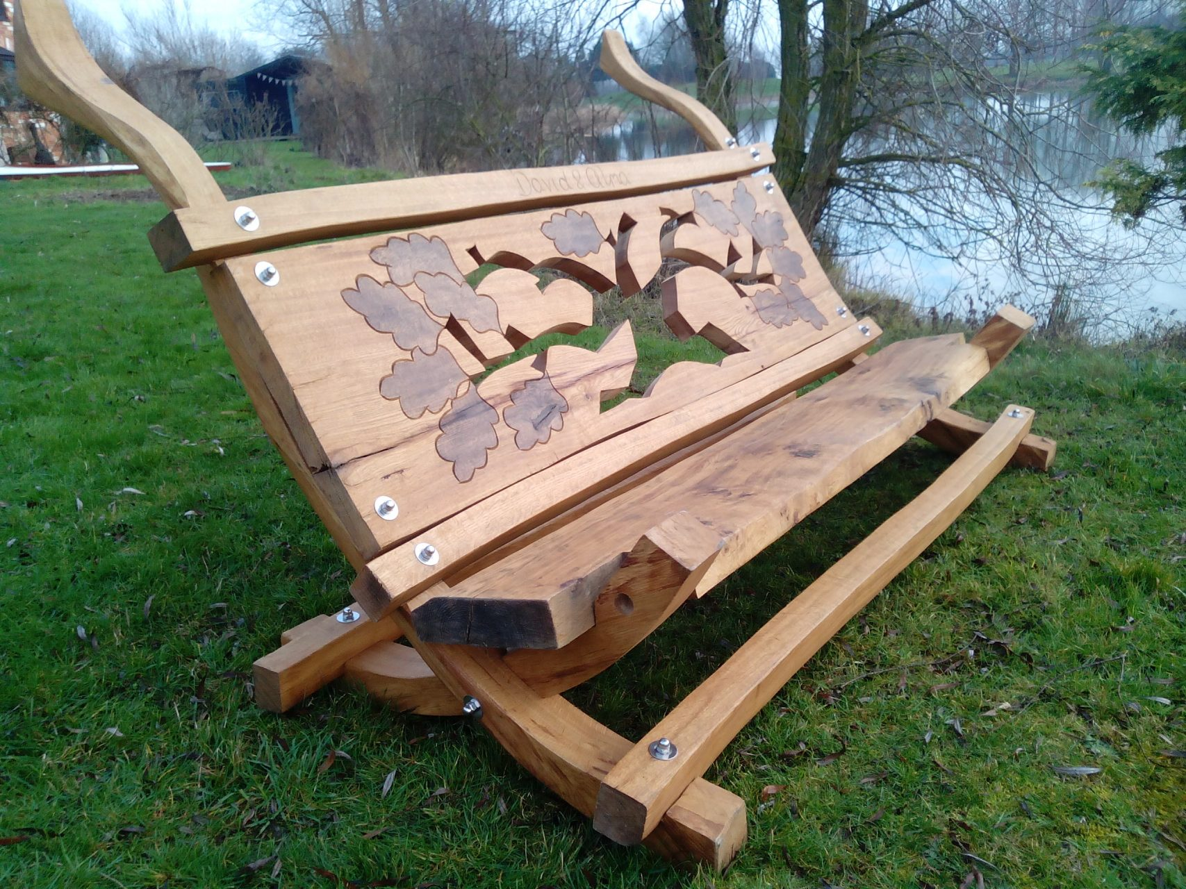oak bench lakeside 2